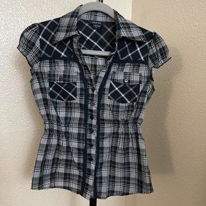 Paper Tee Checkered Black Button Down Blouse Small